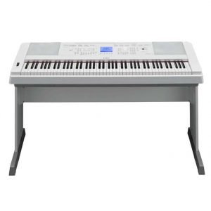 Yamaha DGX-660 digital piano product front