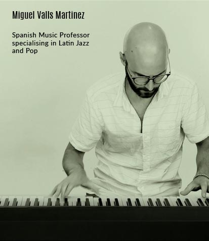 Pop Piano lessons for adults Singapore (Play by Ear Music ...